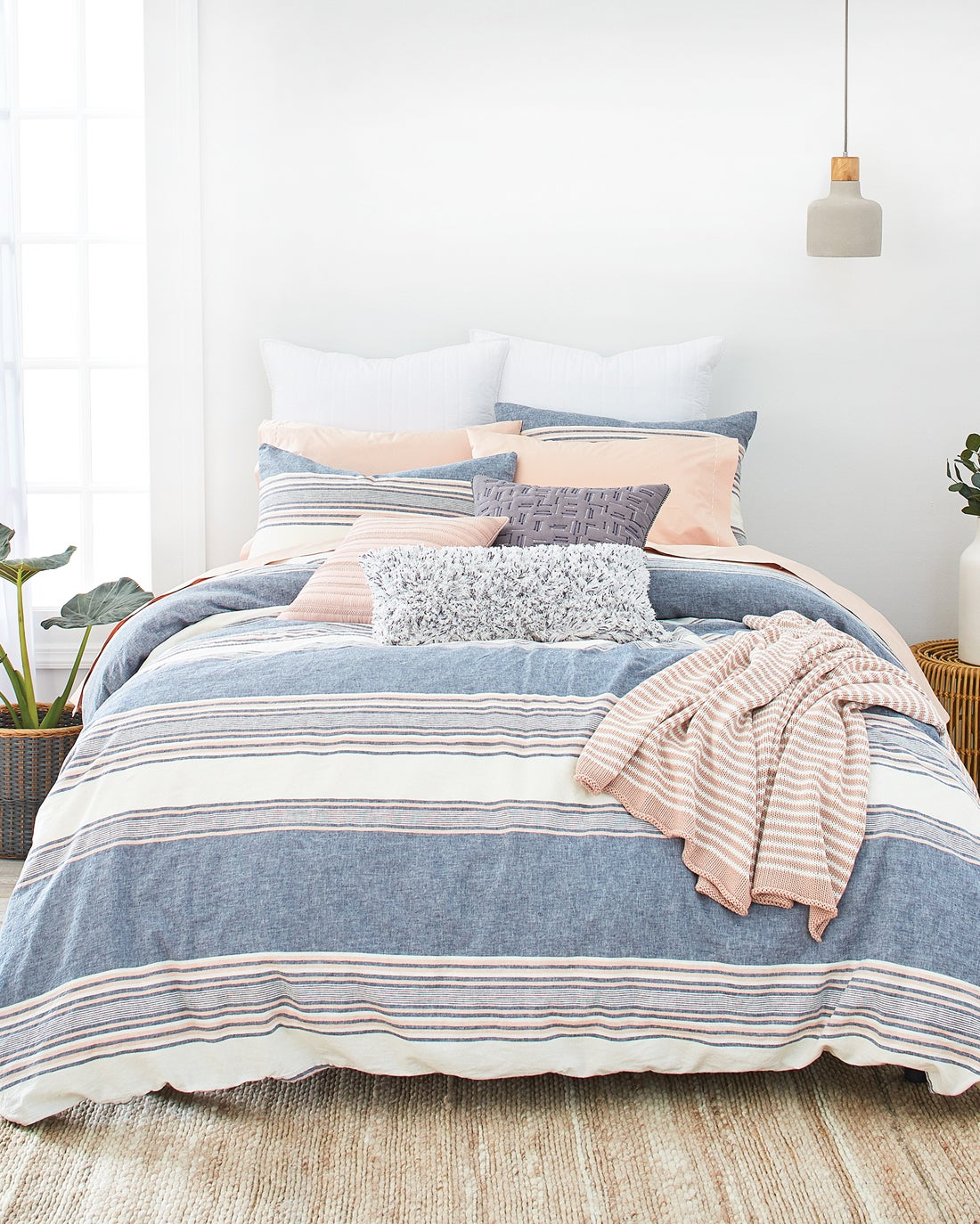 The relaxed, and effortlessly chic Tuscan Stripe Collection takes its design cue from the signature stripes and muted palette of Splendid\'s apparel and brings the same easy-going style into the bedroom. The linen-cotton, yarn-dyed stripes adding classic appeal and undeniable style.